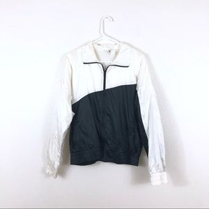 Vintage NIKE Black White Windbreaker Jacket Zip Up
